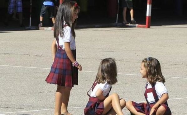 uniformes escolares femeninos
